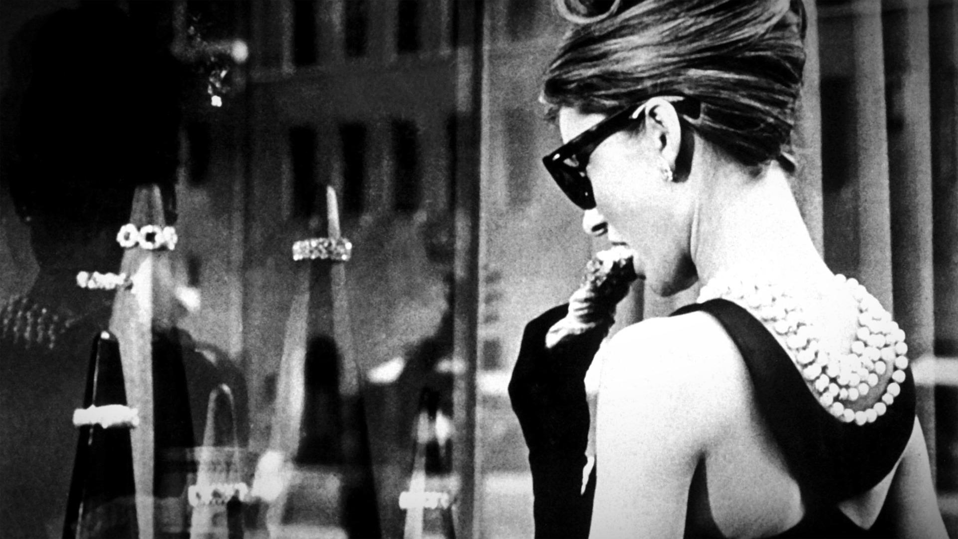 Breakfast at Tiffany's (1961) – Blake Edwards (Niall ...