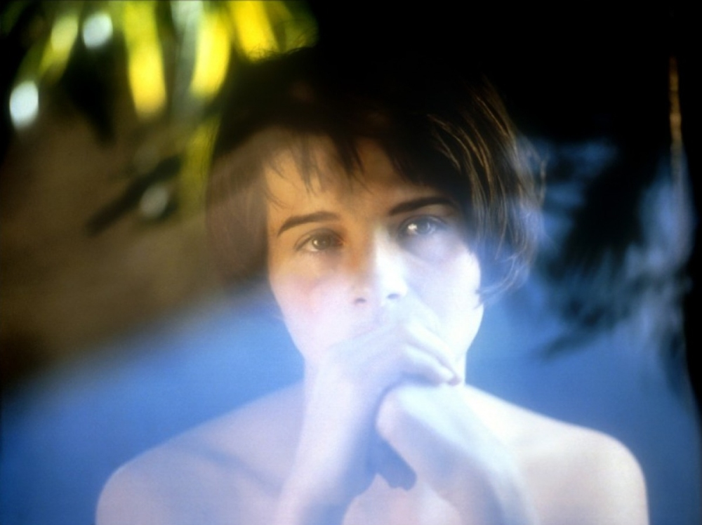 Three_Colours-Blue-Juliet_Binoche-iznogoodgood